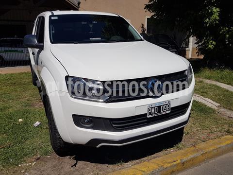 Volkswagen Amarok DC 4x4 Dark Label usado (2016) color Blanco Cristal precio $3.200.000