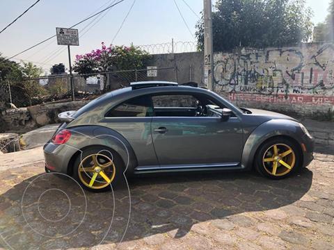 Volkswagen Beetle STD  usado (2013) color Gris Platino precio $160,000
