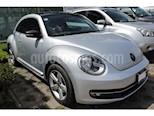 Foto venta Auto Seminuevo Volkswagen Beetle Sport Tiptronic (2015) color Gris Platino precio $205,000
