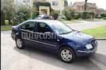 Foto venta Auto usado Volkswagen Bora 2.0 Trendline (2005) color Azul precio $200.000