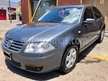 Foto venta Auto Usado Volkswagen Bora 2.0 Trendline (2011) color Gris Platinium precio $275.000