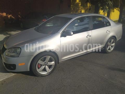 Volkswagen Bora 2.0L Turbo usado (2010) color Gris Plata  precio $120,000