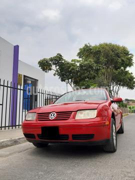 Volkswagen Bora Sedan 2.0 mecanico usado (2003) color Rojo precio u$s5,500