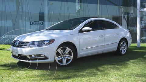 Volkswagen CC 2.0T usado (2013) color Blanco precio $220,000