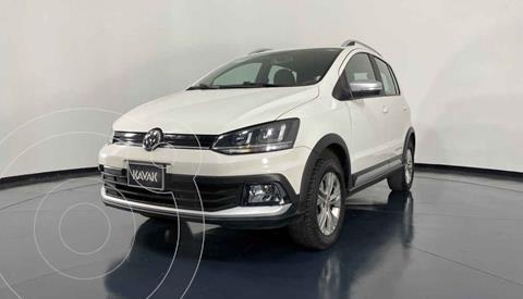 Volkswagen CrossFox 1.6L Piel usado (2017) color Blanco precio $192,999
