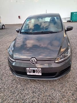 Volkswagen Fox 5P Comfortline usado (2015) color Gris precio $1.160.000