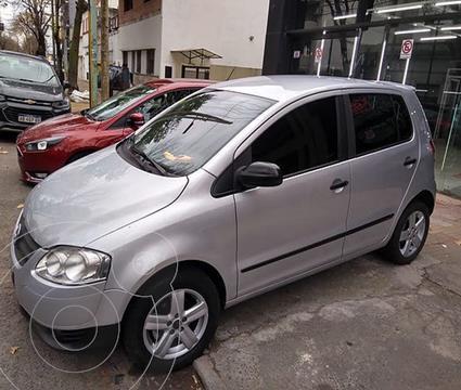 Volkswagen Fox 5P Trendline usado (2008) color Gris precio $700.000