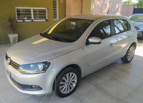 Volkswagen Gol Trend 5P Pack III I-Motion usado (2014) color Plata precio $850.000