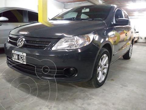 Volkswagen Gol Trend 5P Pack III usado (2011) color Gris Urano precio $899.000