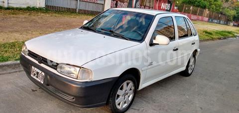 Volkswagen Gol 5P 1.6 GL Mi Full usado (1999) color Blanco precio $250.000