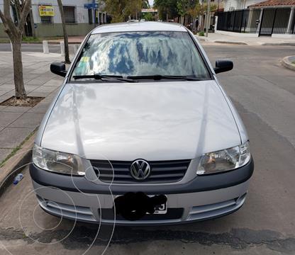 Volkswagen Gol 3P 1.6 Trendline Full usado (2004) color Gris Plata  precio $590.000