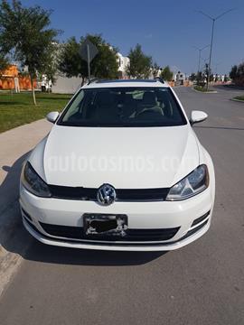 Volkswagen Golf Sportwagen Diesel DSG usado (2016) color Blanco Candy precio $250,000