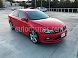 Foto venta Auto Seminuevo Volkswagen Jetta GLI 2.0T DSG (2016) color Rojo Tornado precio $345,000