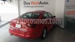 Foto venta Auto Seminuevo Volkswagen Jetta Comfortline Tiptronic (2018) color Rojo Tornado