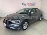 Foto venta Auto usado Volkswagen Jetta Comfortline (2019) color Gris precio $287,129