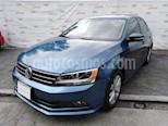 Foto venta Auto usado Volkswagen Jetta Comfortline (2016) color Azul precio $215,000