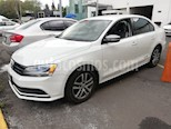Foto venta Auto usado Volkswagen Jetta Live (2017) color Blanco precio $205,000