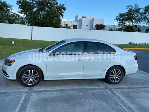 Volkswagen Jetta Live usado (2016) color Blanco precio $165,000