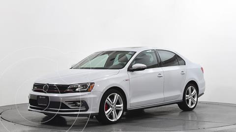 Volkswagen Jetta 2.0 usado (2017) color Blanco precio $348,400