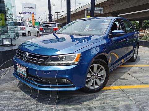 Volkswagen Jetta Trendline usado (2016) color Azul precio $200,000
