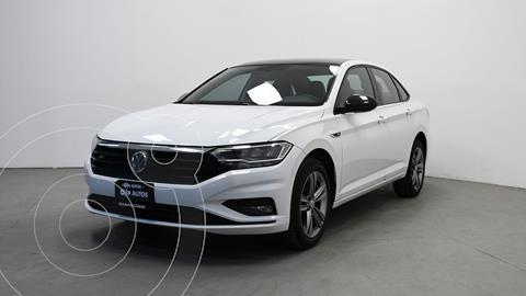 Volkswagen Jetta R-Line usado (2019) color Blanco precio $370,500