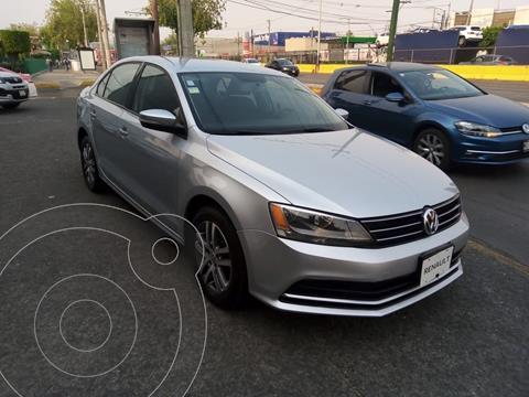 Volkswagen Jetta Trendline usado (2015) color Plata precio $182,000