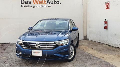 Volkswagen Jetta Comfortline usado (2020) color Azul precio $355,000