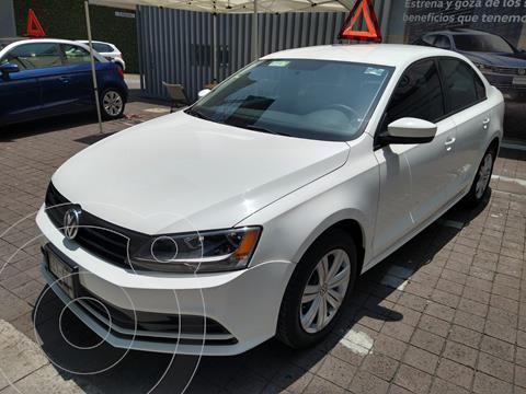 Volkswagen Jetta 2.0L MT 4L 115 HP usado (2018) color Blanco precio $235,000