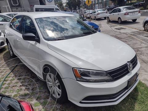 Volkswagen Jetta 2.0 usado (2018) color Blanco precio $225,500