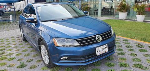 Volkswagen Jetta Comfortline usado (2017) color Azul Electrico precio $220,000