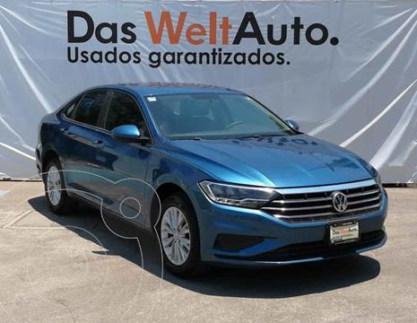 Volkswagen Jetta Comfortline usado (2019) color Azul precio $295,000