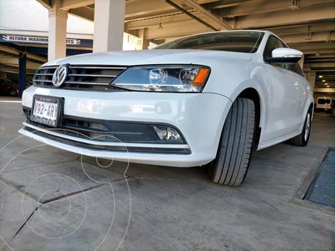 Volkswagen Jetta TDi DSG usado (2016) color Blanco precio $265,000