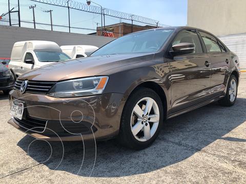 Volkswagen Jetta Style Active usado (2013) color Marron financiado en mensualidades(enganche $31,800 mensualidades desde $31,800)