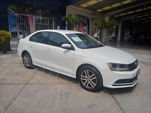 Volkswagen Jetta Trendline Tiptronic usado (2017) color Blanco financiado en mensualidades(enganche $51,984 mensualidades desde $7,072)