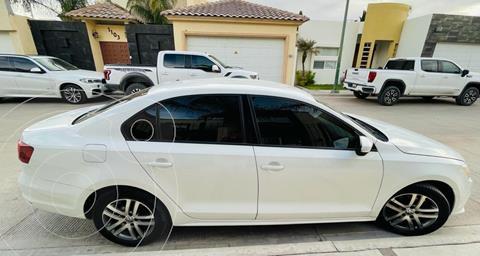 Volkswagen Jetta Trendline usado (2016) color Blanco precio $195,000
