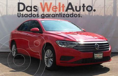 Volkswagen Jetta Comfortline usado (2019) color Rojo precio $284,900