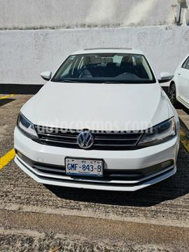 Volkswagen Jetta TDi DSG usado (2015) color Blanco precio $215,000