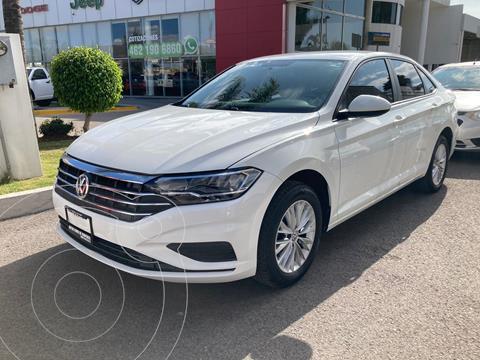 Volkswagen Jetta Comfortline usado (2019) color Blanco precio $289,000