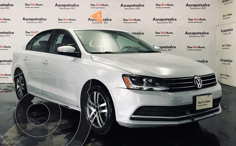 Volkswagen Jetta Trendline Tiptronic usado (2017) color Plata Lunar financiado en mensualidades(enganche $46,000 mensualidades desde $5,536)