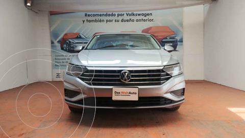 Volkswagen Jetta Trendline Tiptronic usado (2020) color Plata precio $323,000