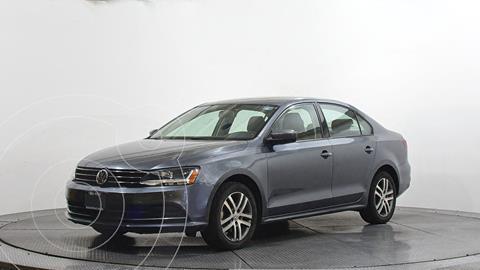 Volkswagen Jetta Trendline Tiptronic usado (2018) color Gris precio $238,000