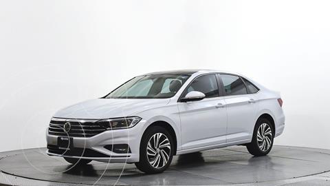 Volkswagen Jetta Highline usado (2019) color Blanco precio $362,780