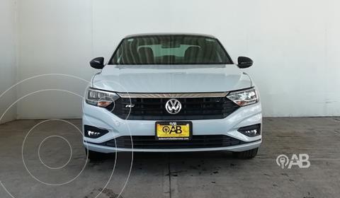 Volkswagen Jetta R-Line usado (2019) color Plata Dorado precio $380,000