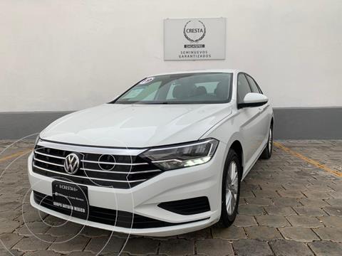 Volkswagen Jetta Comfortline usado (2019) color Blanco precio $279,900