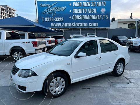 Volkswagen Jetta CL Ac Tiptronic Seguridad usado (2014) color Blanco precio $134,900