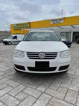 Volkswagen Jetta 4 pts. TDI, TM5, a/ac., VE, QC, BA, ABS, RA usado (2010) color Blanco precio $130,000
