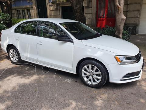 Volkswagen Jetta 2.0 Tiptronic usado (2016) color Blanco precio $160,000