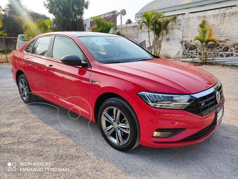 Volkswagen Jetta R-Line usado (2020) color Rojo Tornado precio $404,900