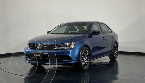 Volkswagen Jetta 2.0 usado (2018) color Azul precio $234,999