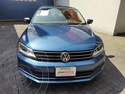Volkswagen Jetta Comfortline usado (2016) color Azul precio $195,000